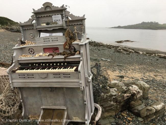 organ on beach