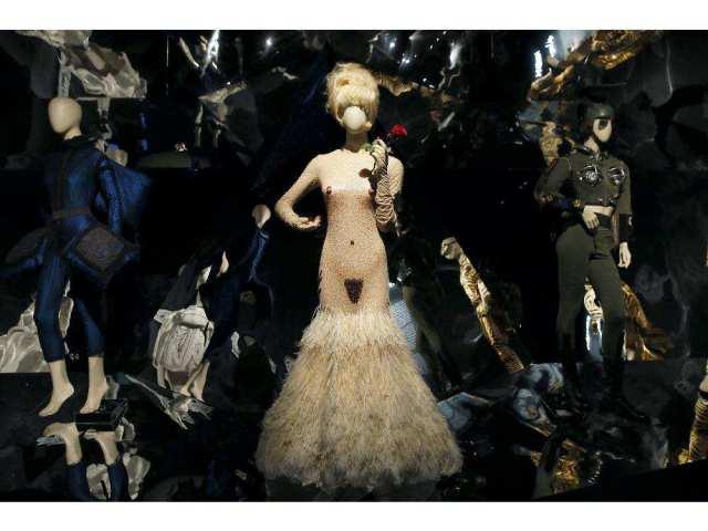 france-exhibition-jean-paul-gaultier8