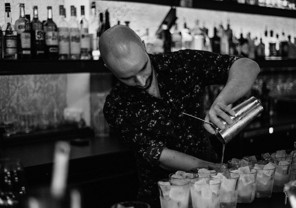 Tresen Geflüster Stuttgart |Bar Tour | Lennart