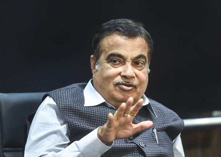 nitin gadkari pushes for flex-fuel engines, says they can arrive in 6 to 8 months | cardekho.com
