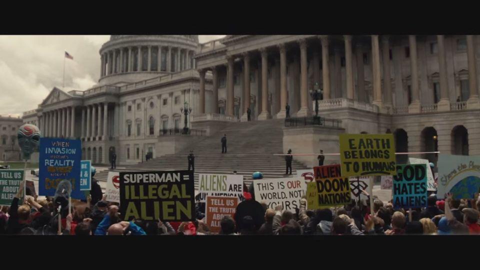 batman v superman god hates aliens