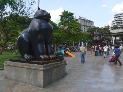 Sculpture of a cat, Fernando Botero, Medellin
