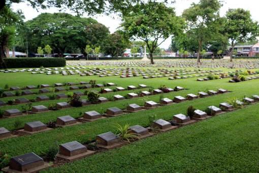 Kanchanaburi War cemetery (Don Rak). Kanchanaburi backpacking guide