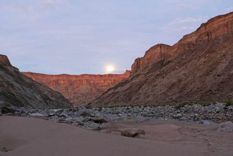 The Moos in Fish River Canyon at night