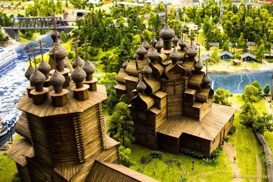 Wooden churches of Kizhi, Grand Maket Russia. St.Petersburg city guide.