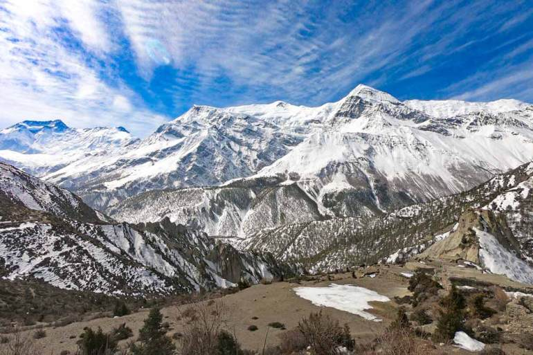 Mountainous scenery on the way to Jak Kharka