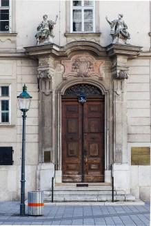 Door at 3a Stephansplatz