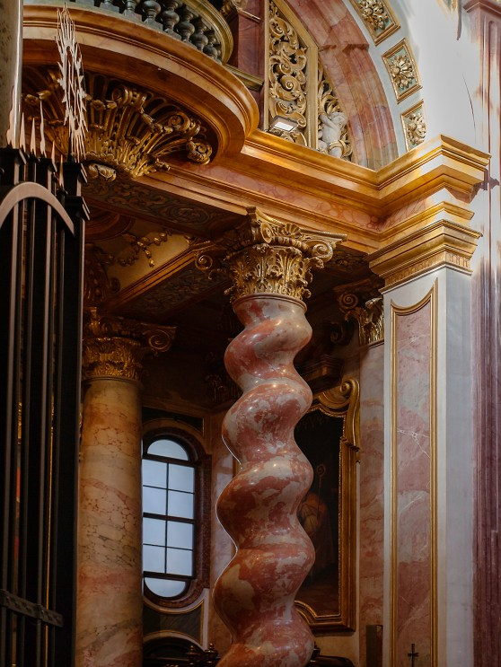 Jesuit Church interior column_MG_4138