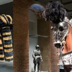 Geschichtslektion und Modeschau