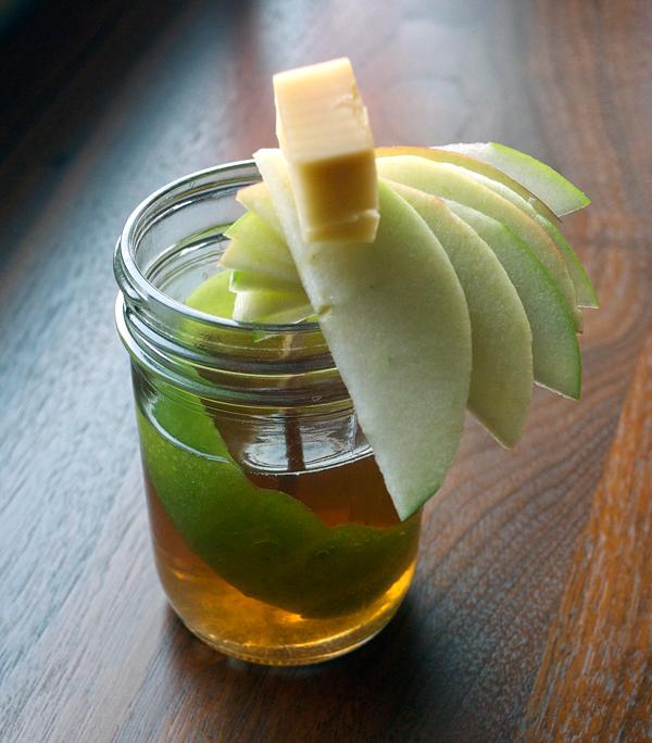 Apple Jack Cider // stirandstrain.com
