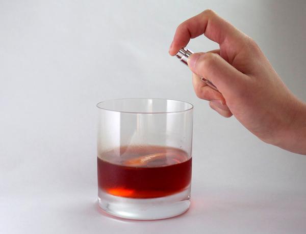 Adding Aroma to Cocktails: Smoke Tincture