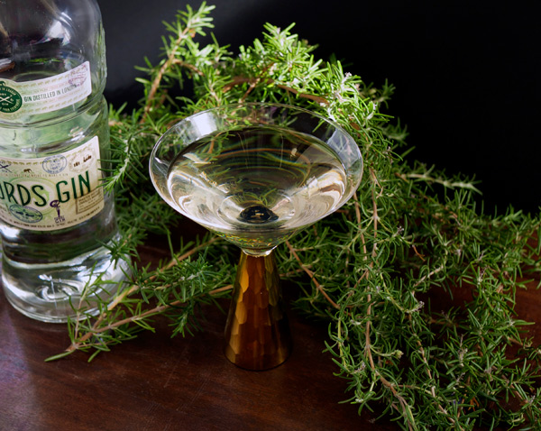 Aroma in Cocktails: Rosemary Tincture // stirandstrain.com