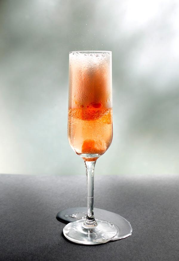 Cocktail Quickie Rosé Champagne Cocktail