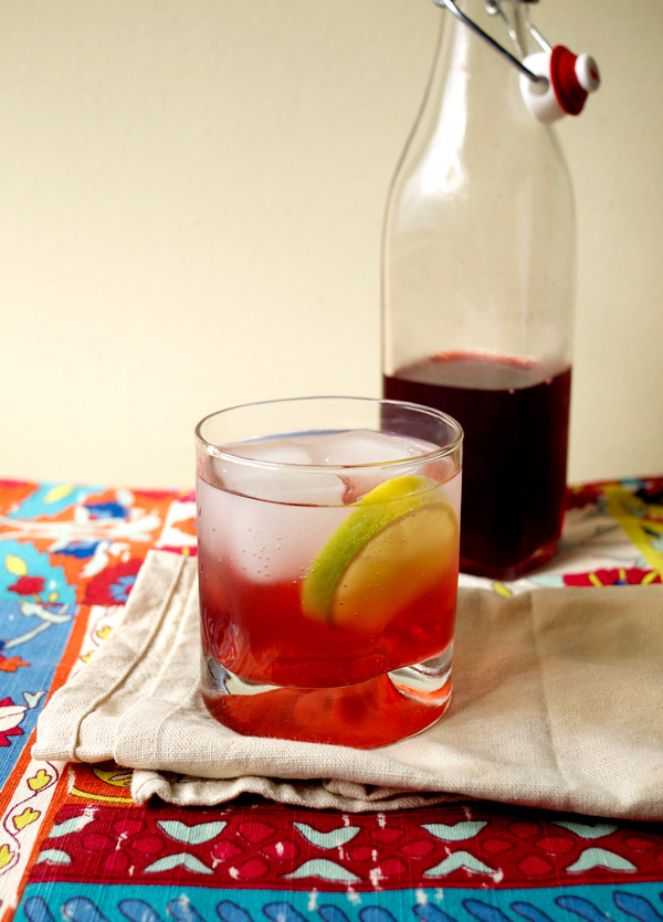 Mixology Monday Blackberry Shrub // stirandstrain.com