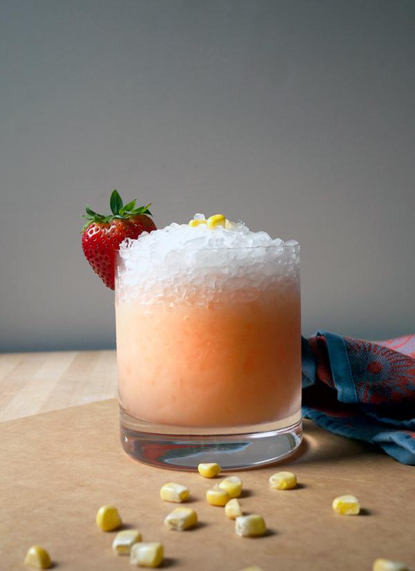 Mixology Monday: Sweet Corn and Strawberry Smash #Cocktail // stirandstrain.com