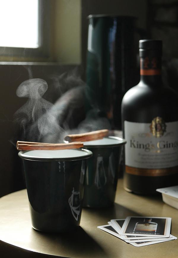 Monday Booze News: Grab a Cup, Fill it Up // stirandstrain.com