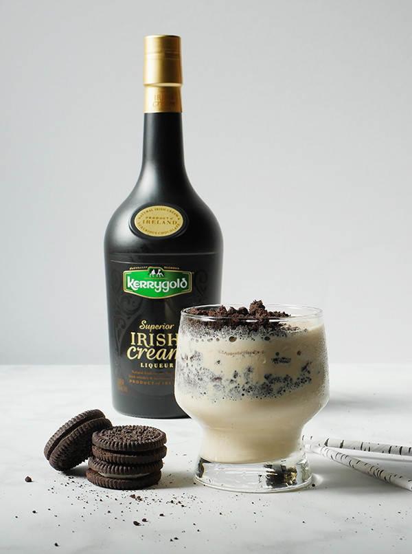 Dessert Cocktails with Kerry Gold Irish Cream // stirandstrain.com