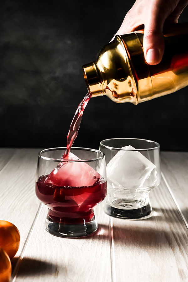 Chilled Mulled Wine Cocktails with Truvia // stirandstrain.com