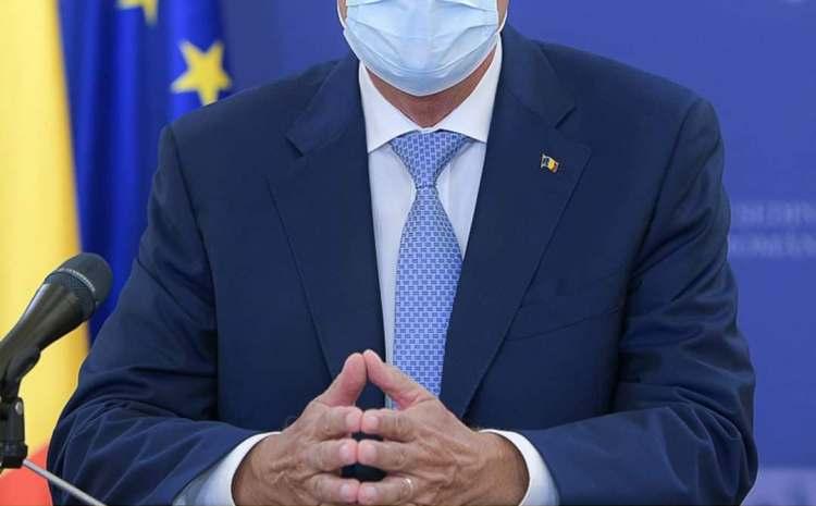 Italia intră din nou într-o perioadă de restricţii dure. De luni se închid şcolile, restaurantele şi barurile