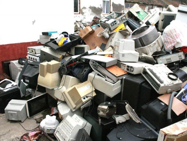 5 operatori regionali autorizați colectează gratuit deșeuri de echipamente electrice și electronice, baterii și acumulatori