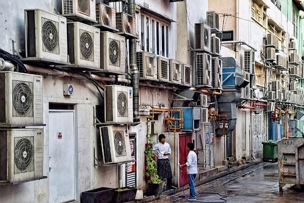 Colectarea condensului de la aparatele de aer condiționat ar putea înlocui utilizarea apei potabile în orașe