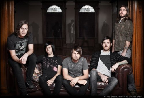 Silverstein signs to hopeless records