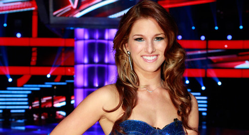 Cassadee Pope Posts Message To Hey Monday Fans