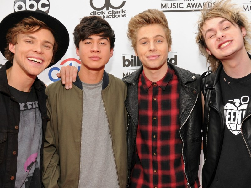 "5 Seconds of Summer release new song, ""Girls Talk Boys"""