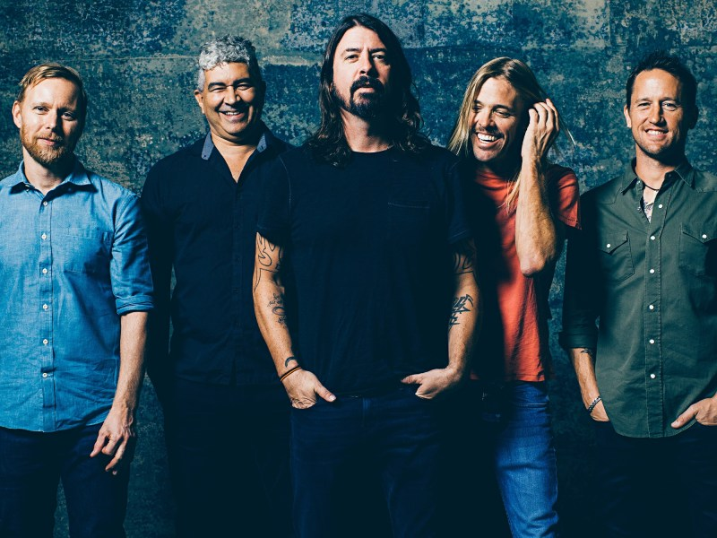Foo Fighters Cancel Remaining European Shows After Paris Terrorist Attacks