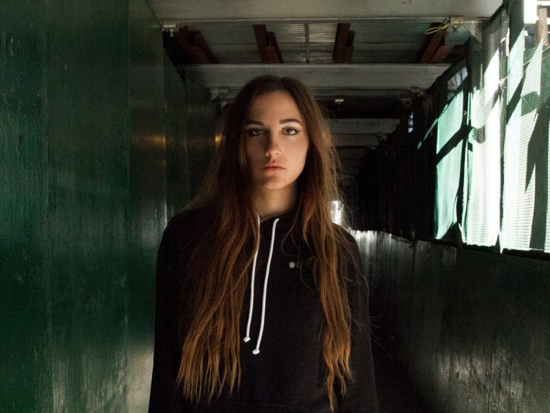 CLOVES Discusses Touring, Influences, Releases Video