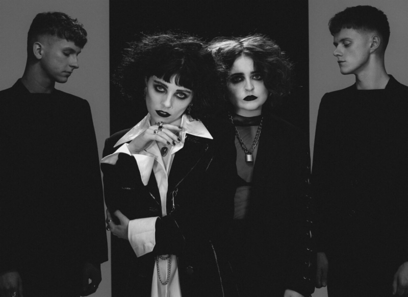 """PALE WAVES release new song """"Noises"""""""