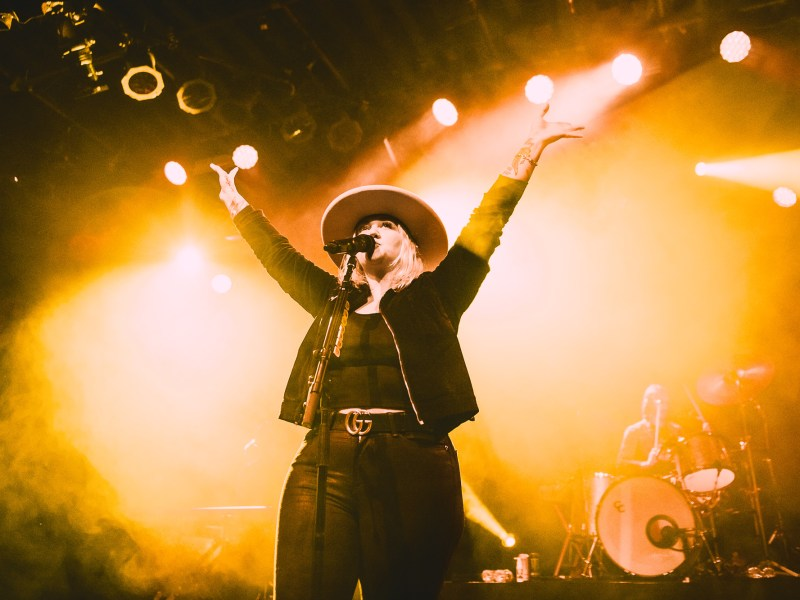 Elle King – Barns Courtney // Vancouver, BC // 05.21.2019