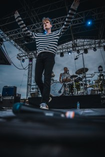 Coin Laurel Live 05