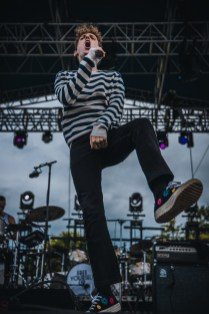 Coin Laurel Live 06