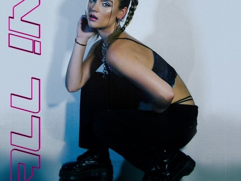 """LA pop artist Jenny March releases latest single and 90s-inspired music video for """"All In"""""""