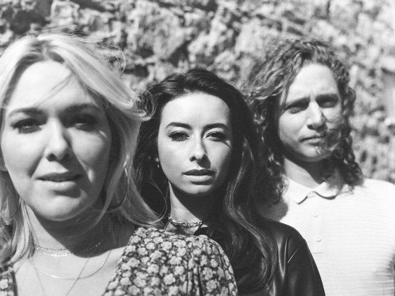 """The Wandering Hearts release their music video for """"Gold"""""""