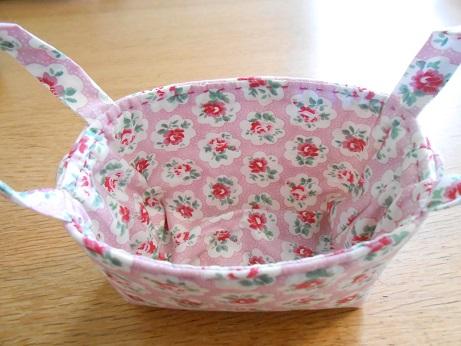 Tiny basket 4