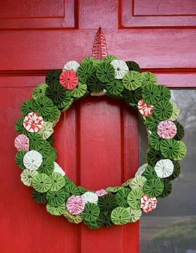 suffolk-puff-wreath