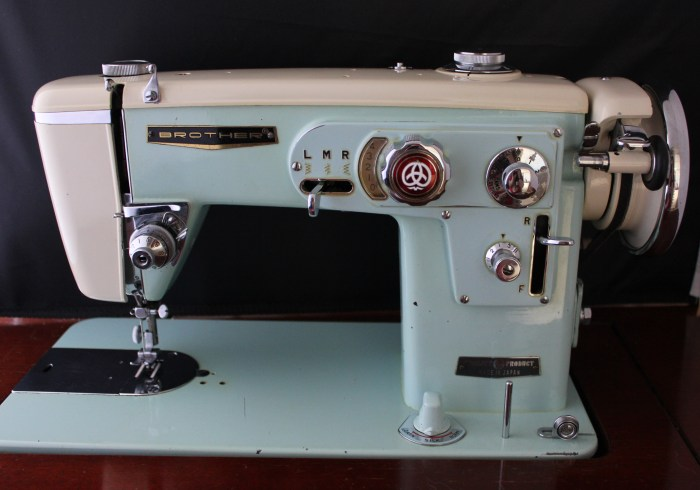 Brother select o matic, restored by Stitchified