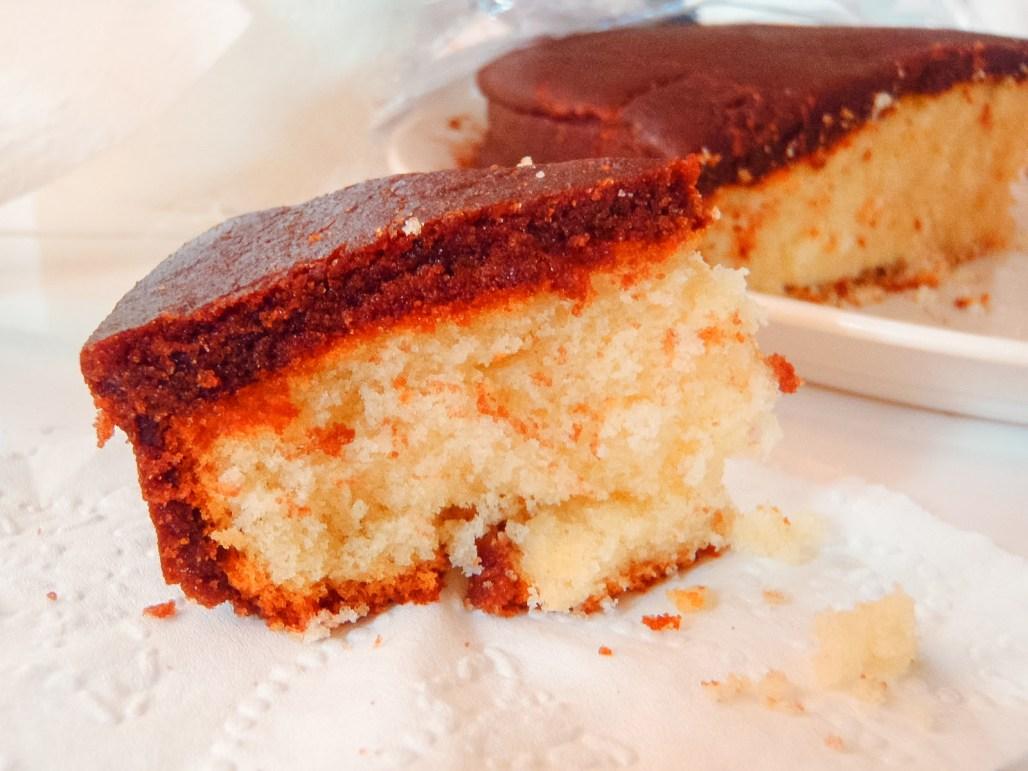 Simple and Easy Vanilla Cake Recipe