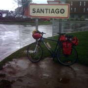 Un de nos vélos à l'arrivée à Santiago