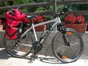 location vélo sur le chemin de st jacques de compostelle