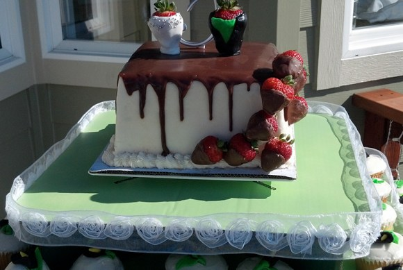 Cake decorated with strawberries