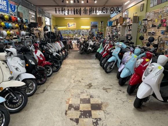 Sabatino-Scooters-Mopeds-2
