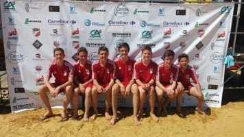 L'équipe 1 composée de ( de gauche à droite : Thomas L, Yann, Alban, Emilien, Thomas V, Pierre et Victor ).