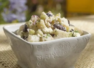 This Greek Potato Salad with a homemade tzatziki dressing is the most refreshing potato salad! It's deliciously creamy, it is loaded with fresh flavors.