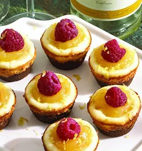 mini_moscato_cheesecakes