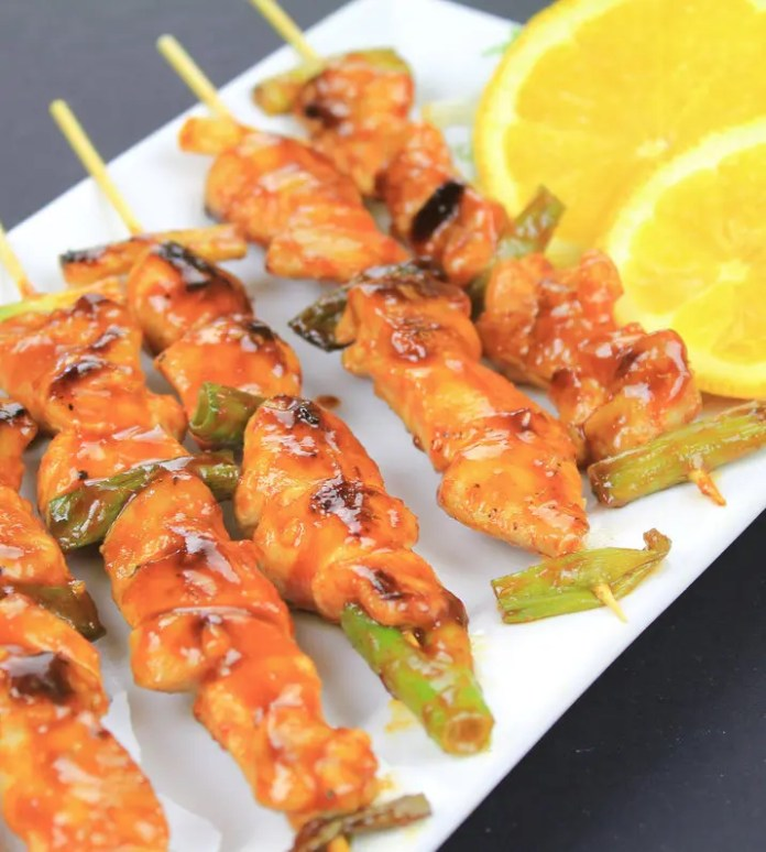 Korean spicy chicken skewers