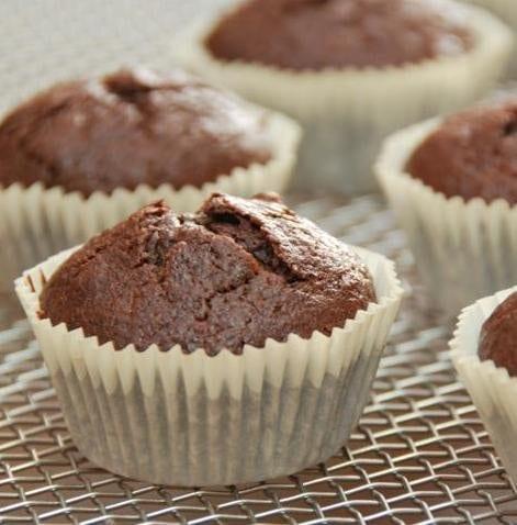 triple_chocolate_banana_cupcakes2