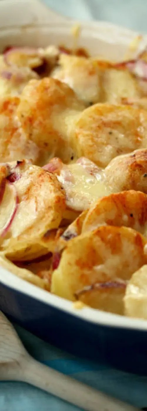 Recipe for Scalloped Potatoes - A rich and creamy side dish of potatoes and cheese that everyone is sure to love!